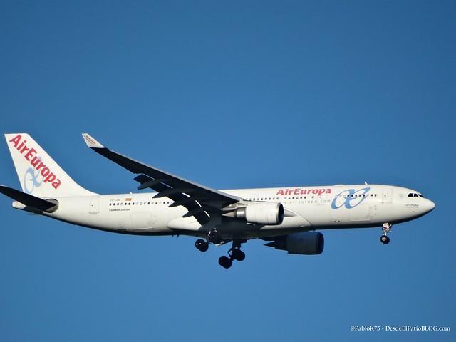 AIR EUROPA 330