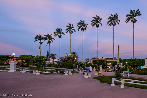 Praça Lourival Monte, em Amargosa – Bahia, Brasil