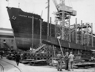 Preparing to launch 'Baron Berwick' at South Shields