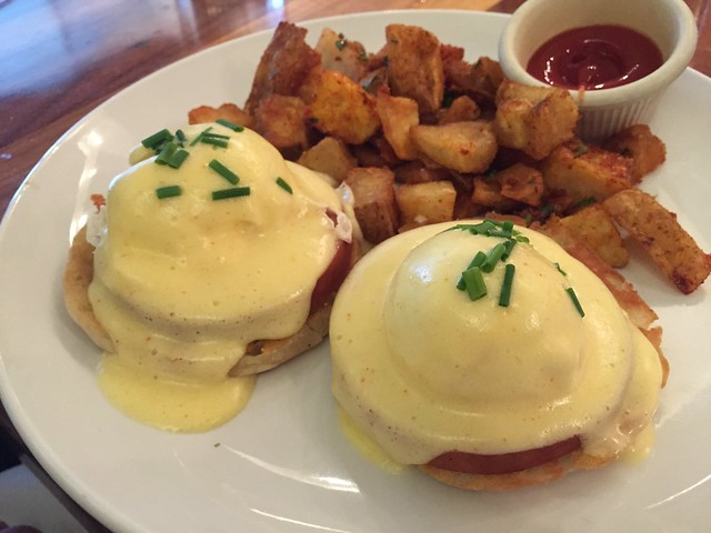 Eggs benny - Local Kitchen