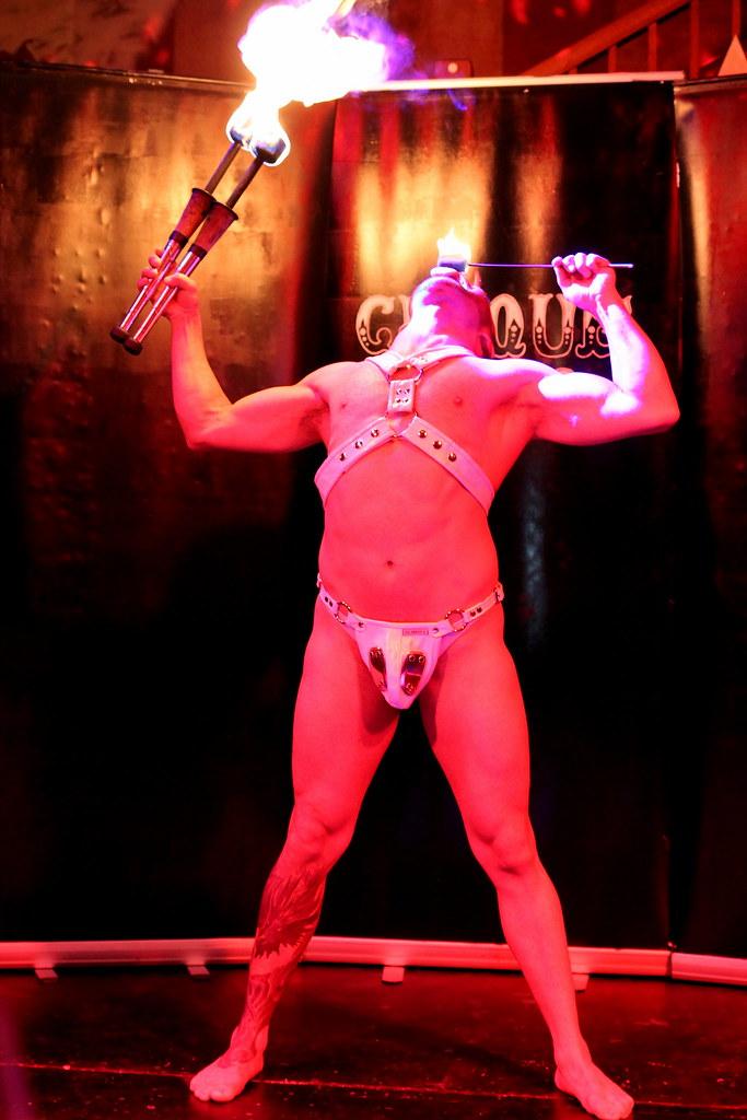 Cirque Noir Trapeze Bar (14)