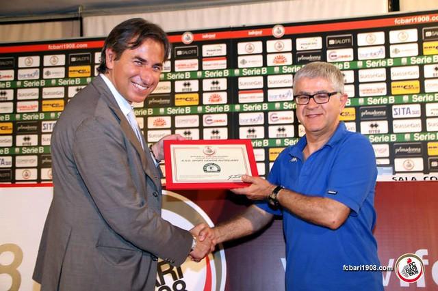 Rutigliano-Nicola Meduso in foto con Gianluca Paparesta