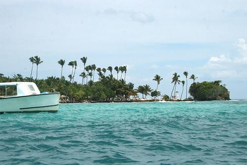 47 - Reaching Cayo Levantado (Barcardi Island) / Anfahrt auf Cayo Levantada (Bacardi-Insel)