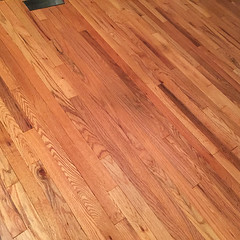LR_floor_closeup