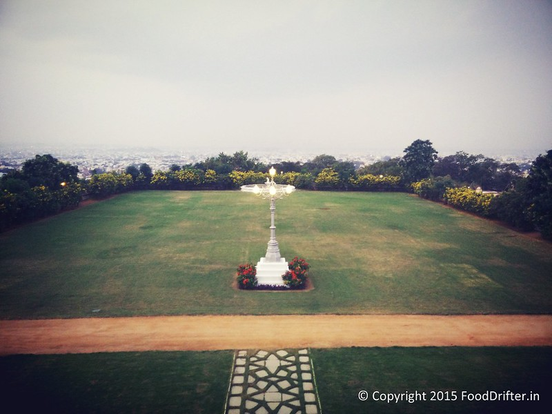 Taj Falaknuma Lawns In The Evening (2)