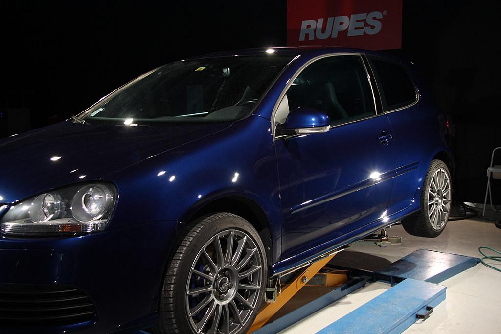 BigFoot Centre - VW Golf R32 Nanotech Detail 22468546423_7dfc4f6504_b