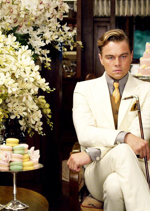 Leonard DiCaprio crossed legs