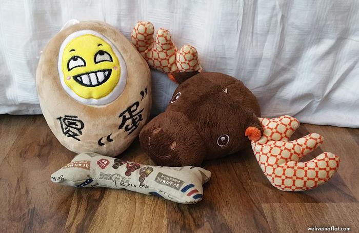 dog-box-toys