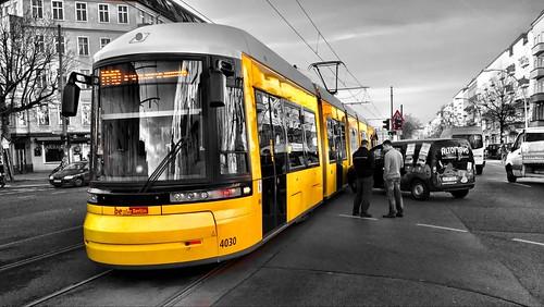 berlin tram unfall