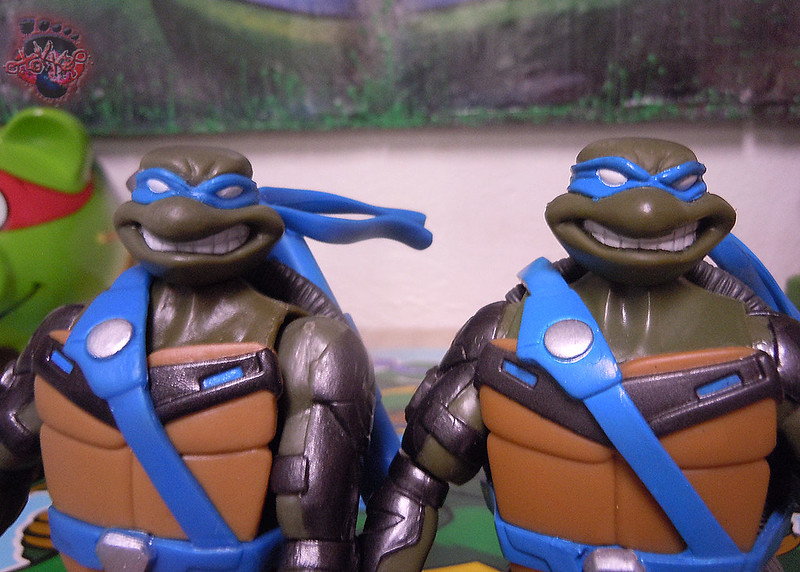 "Nickelodeon ""HISTORY OF TEENAGE MUTANT NINJA TURTLES"" FEATURING LEONARDO - 'TMNT : FAST FORWARD' LEONARDO vi (( 2015 ))"