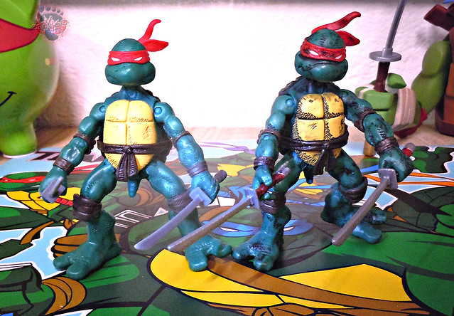 "Nickelodeon ""HISTORY OF TEENAGE MUTANT NINJA TURTLES"" FEATURING LEONARDO - COMIC BOOK LEONARDO iii / with COMIC LEO tOkKustom wash '14 (( 2015 ))"