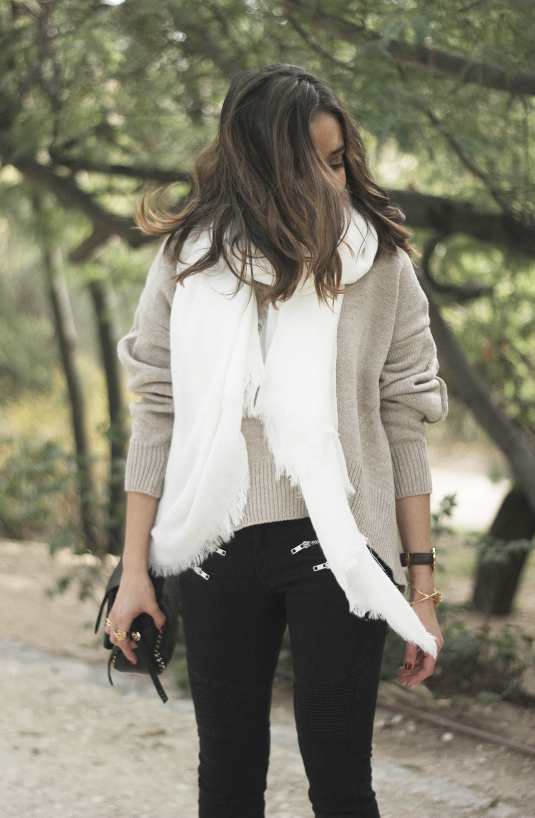 Beige Sweater Black Jeans Nude Heels White Scarf Coach Bag Outfit Style14