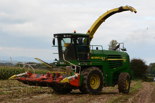 John Deere 7550 Self Propelled Forage Harvester