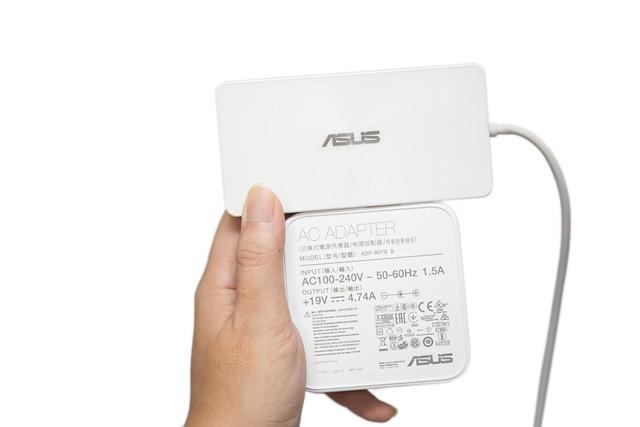 輕薄與性能的終極解決!ASUS Transformer 3 Pro T303UA 二合一變形筆電 + 怪物擴充周邊! @3C 達人廖阿輝