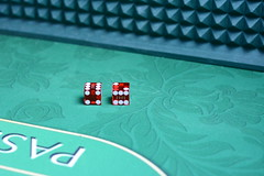 2 Dice Gambling - Must Link to https://thoroughlyreviewed.com