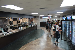 Thu, 09/03/2015 - 09:32 - New Cougar Cafe at GCC