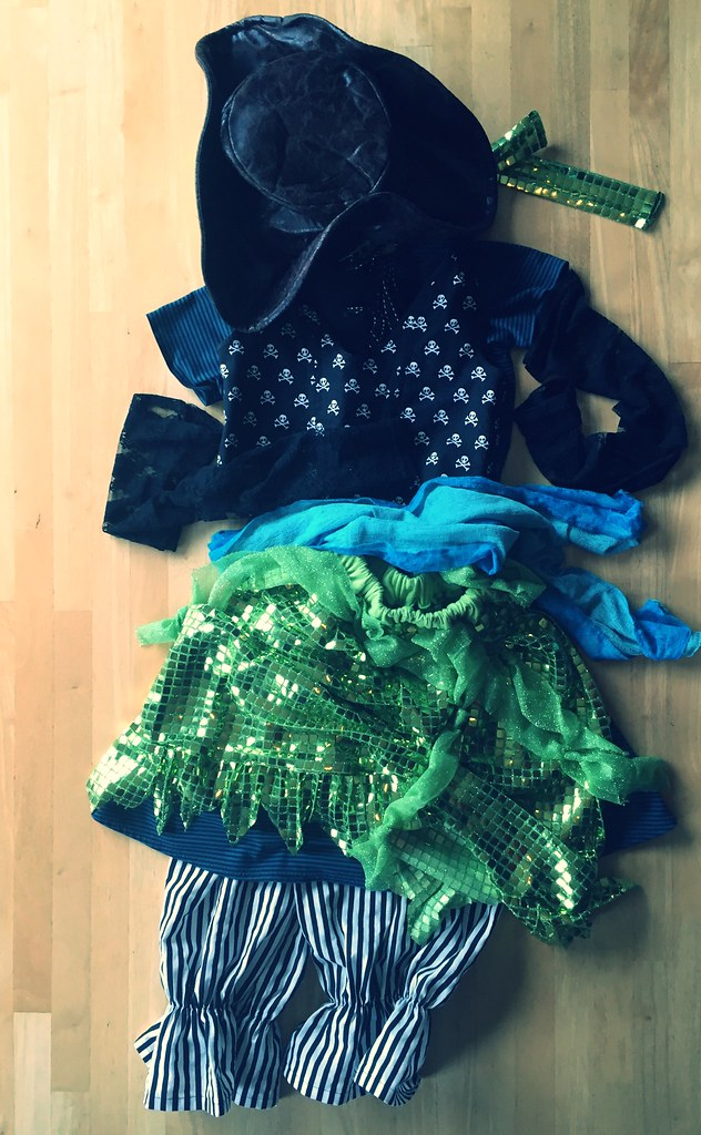 Pirate Dance Ensemble for S. (Teal & Lime Green)