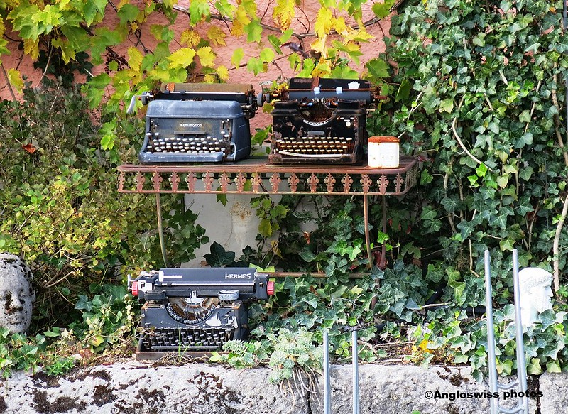 Typewriters Pintli Feldbrunnen