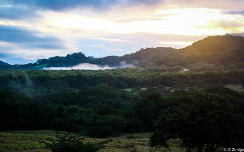 sky clouds sunrise canon landscape photography costarica lowlands amanecer potrero traveling sl1 centralamerica quebradahonda guanacaste x7 nicoya americacentral 100d efs55250mm eos100d kissx7 eoskissx7 eosrebelsl1 jczuniga