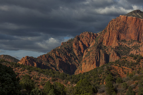 sunset red orange mountain rock clouds contrast grey utah nationalpark sandstone zion peaks goldenhour horseranchmountain