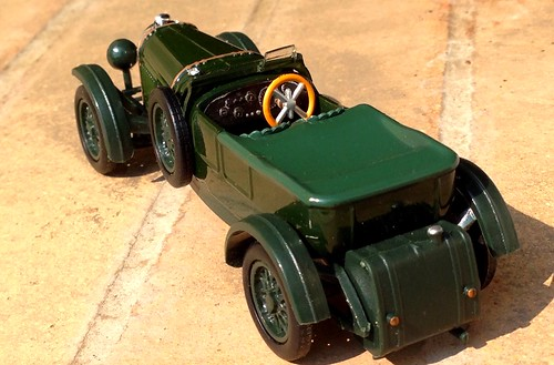 Runsun 1:43 Bentley Speed Six (1929)