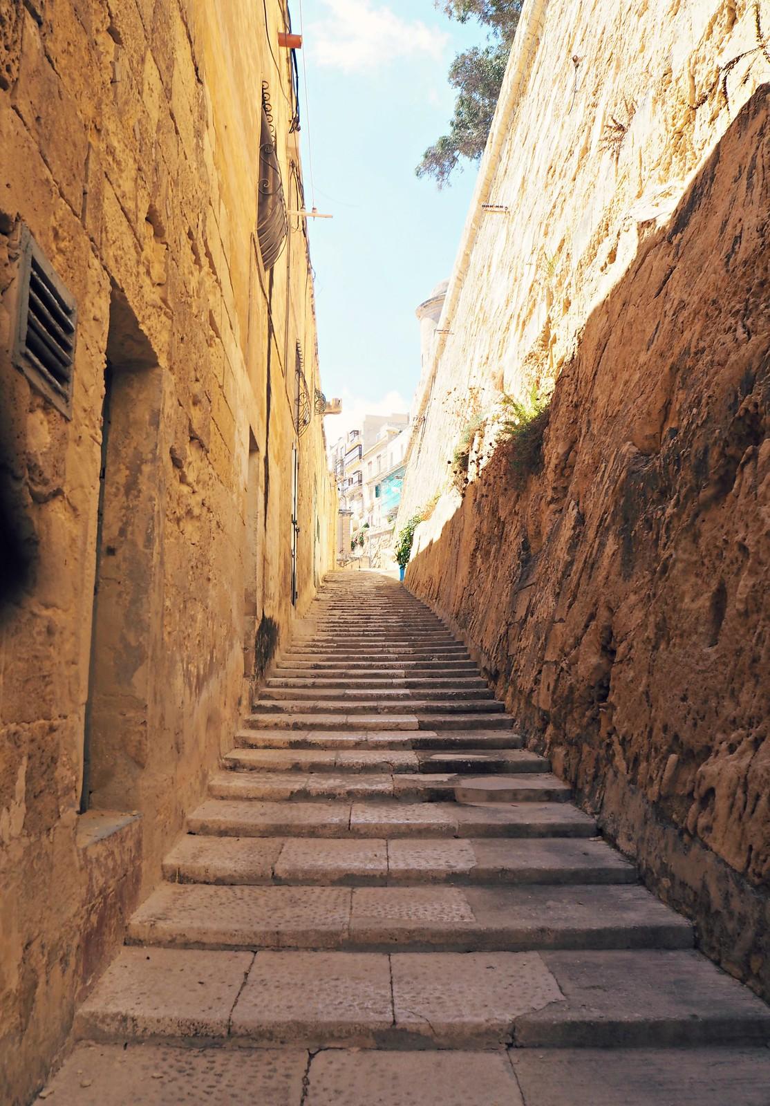 Valletta street view (2)