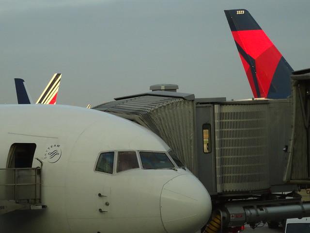 Terminal 2R