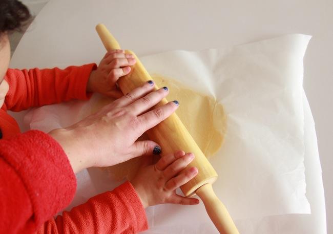 Sablés_de_Noël_à_4_mains_à_réaliser_avec_les_tout_petits_blog_pâtisserie_la_rochelle_11