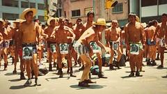 Baile y protesta.