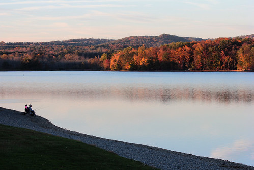 autumn trees lake color water leaves evening fishing afternoon fishin montourpreserve lakechillisquaque