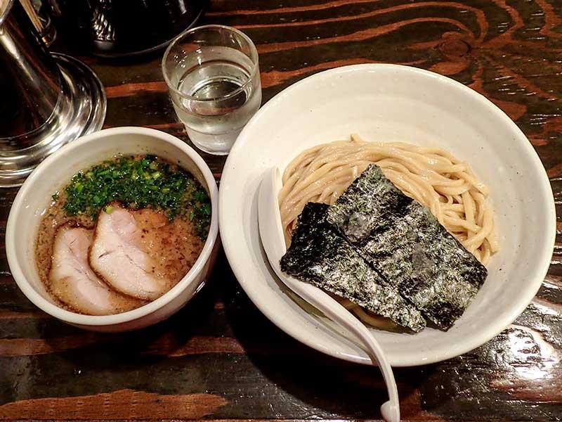 Fuji屋 醤油つけ麺