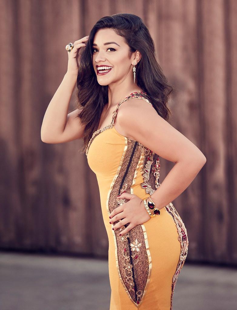 Джина Родригез — Фотосессия для «Cosmo For Latinas» 2015 – 6