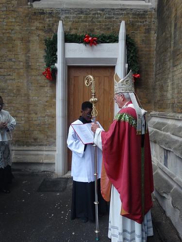 151213 - Opening Door of Mercy
