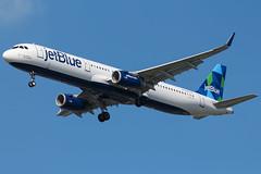 jetBlue   Airbus A321 @ JFK