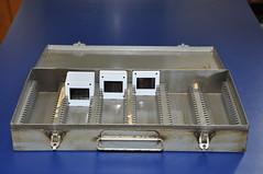 Caixa de metal para slides