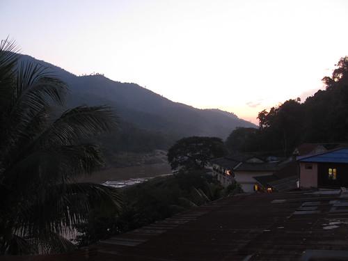 Pakbeng by night