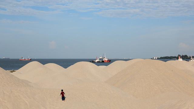 kawasan sekitar dune yang luas