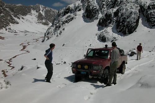 Stuck in snow on the way to Qaqa Machay
