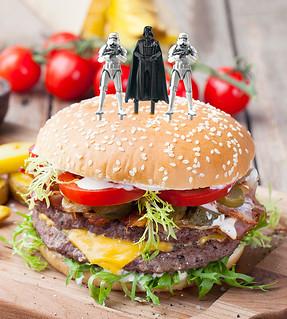 《星際大戰》充滿原力的「派對食物組合」!! フードピックセット帝国軍