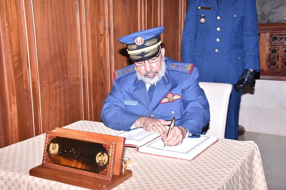 الجزائر : صلاحيات نائب وزير الدفاع الوطني - صفحة 4 30741897376_81a4f07349_o