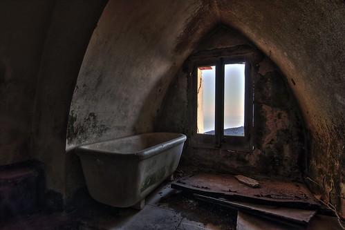 italy castle abandoned italia sicily bathtub castello hdr sicilia favignana egadi santacaterina vasca abbandono canon70d antomarto ntomarto