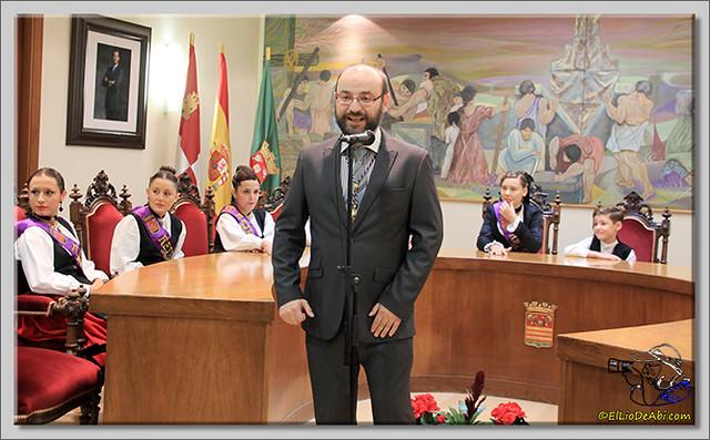 Briviesca en Fiestas 2.015 Recepción en el Ayuntamiento y canto popular del Himno a Briviesca (4)