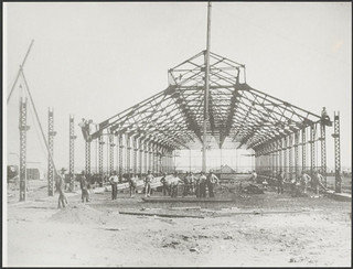 Construction of the tram shed, Kalgoorlie, Western Australia, 19 April 1902, 1