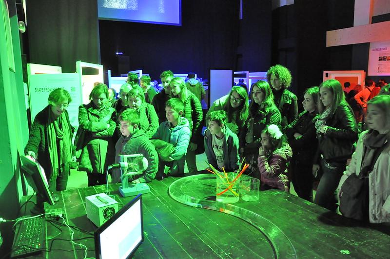 La Scienza Illumina - Una mostra, uno spettacolo, tante storie