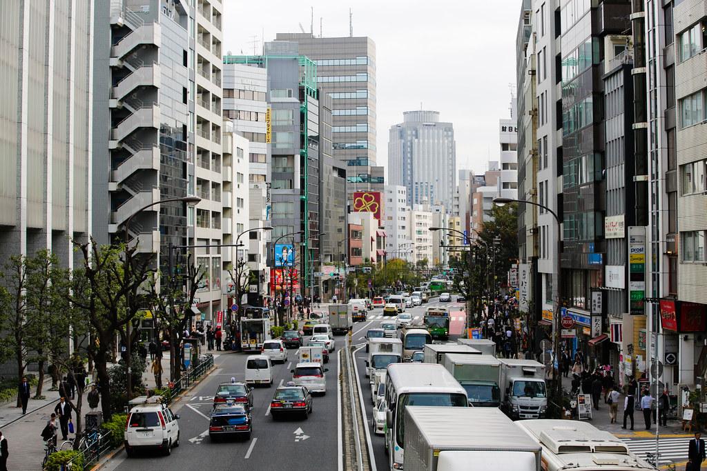 Shibuya 3 Chome, Tokyo, Shibuya-ku, Tokyo Prefecture, Japan, 0.003 sec (1/320), f/5.6, 70 mm, EF70-200mm f/2.8L IS II USM