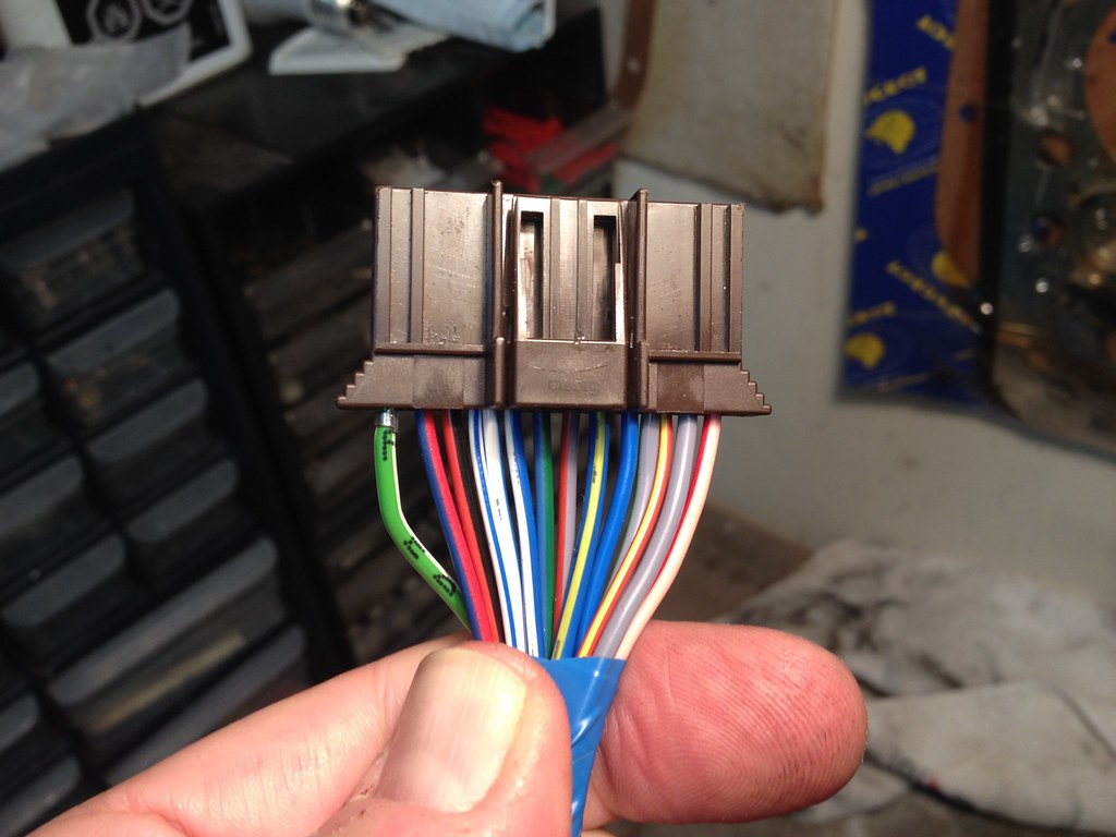 18 Re 044 Bosch Fuel Pump Wiring Run Two Relays One For Each Pump