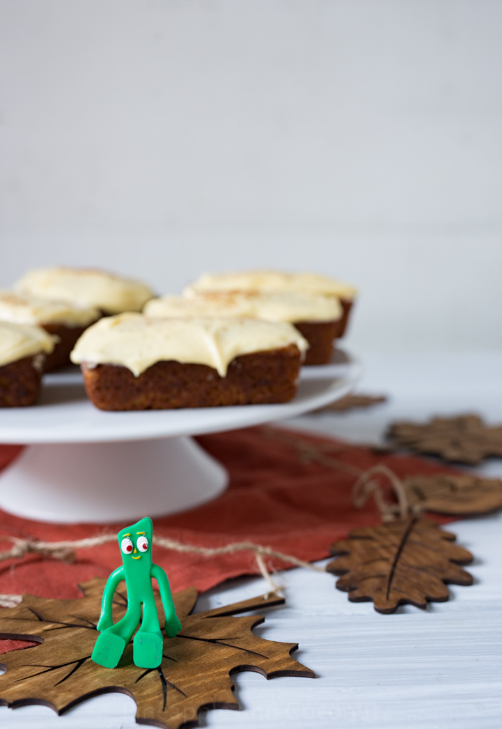 Mini Pumpkin Eggnog Loaves with Eggnog Cream Cheese Frosting www.pineappleandcoconut.com