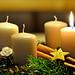 Die erste Kerze brennt... by Mariandl48