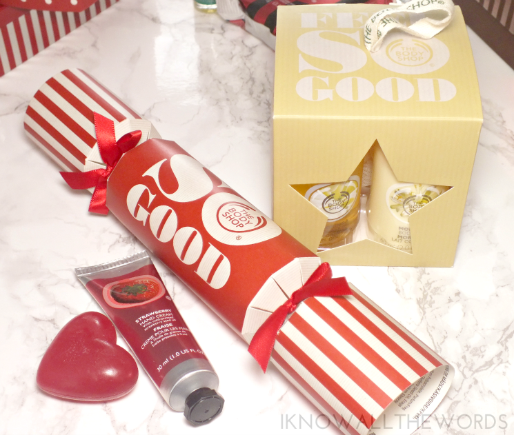 the body shop holiday 2015 strawberry christmas cracker moringa gift cube