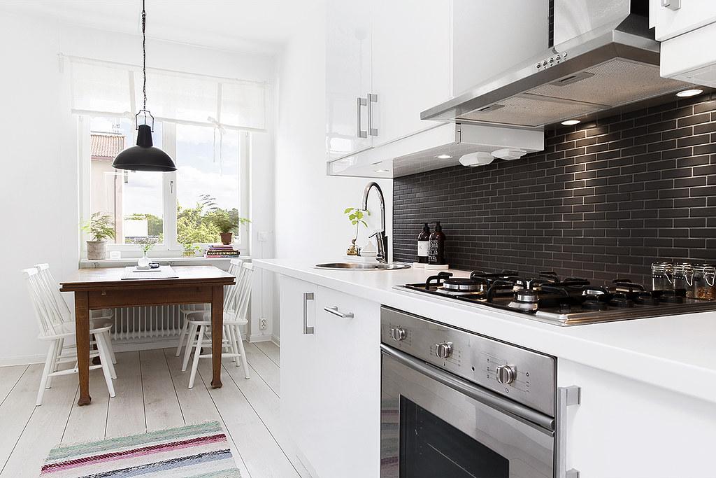 03-modern-kitchen